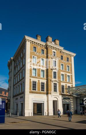 Great Northern Hotel,Kings Cross,Euston Road,London,England - Stock Image