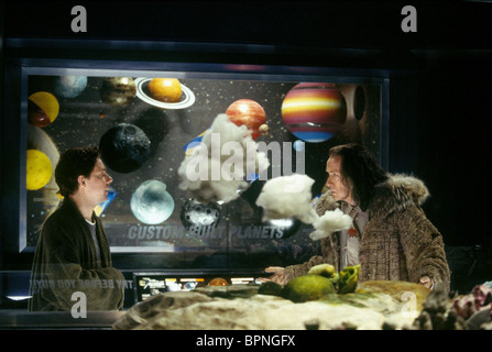 MARTIN FREEMAN & BILL NIGHY THE HITCHHIKER'S GUIDE TO THE GALAXY (2005) - Stock Image