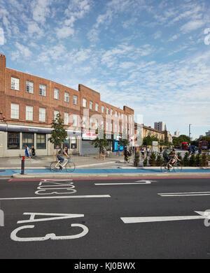 Intersection with new bicycle lane. Stockwell Framework Masterplan, London, United Kingdom. Architect: DSDHA, 2017. - Stock Image