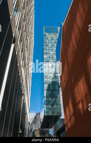 The No.1 Spinningfields building, from Young Street, Spinningfields, Manchester, UK - Stock Image