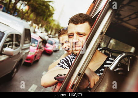 Travel bus road couple lifestyle - Stock Image