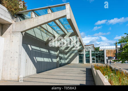 Canopy on the Scottish Parliament Building (by Enric Miralles 2004), Holyrood, Edinburgh, Scotland, UK - Stock Image