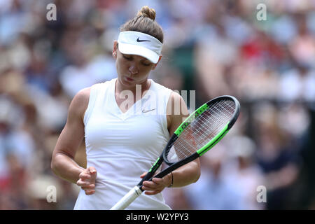 Wimbledon, UK. 11th July 2019, The All England Lawn Tennis and Croquet Club, Wimbledon, England, Wimbledon Tennis Tournament, Day 10; Simona Halep (rom) as she takes control of the game against Elina Svitolina (ukr) during their ladies singles semi-final match Credit: Action Plus Sports Images/Alamy Live News - Stock Image