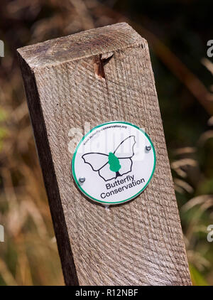 Marker post in Oaken Wood, the Butterfly Conservation reserve in Chiddingfold Forest. Surrey, England. - Stock Image