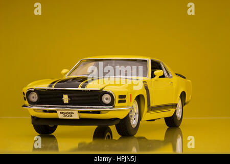 1970 Ford Mustang Boss 302 Welly die-cast model car. - Stock Image