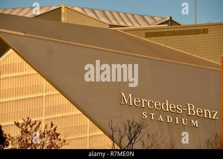 Aerial view Mercedes-Benz Stadium, site football Super Bowl LIII 2019, home the Falcons, skyline at sunset, lotus flower, in Atlanta, Georgia, USA - Stock Image