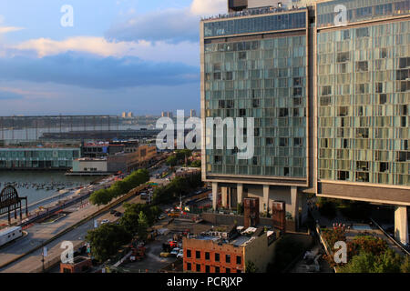 Rooftop view of Standard Hotel and Hudson River Greenway, Meatpacking District, Manhattan on JULY 7th, 2017 in New York, USA. (Photo by Wojciech Migda - Stock Image