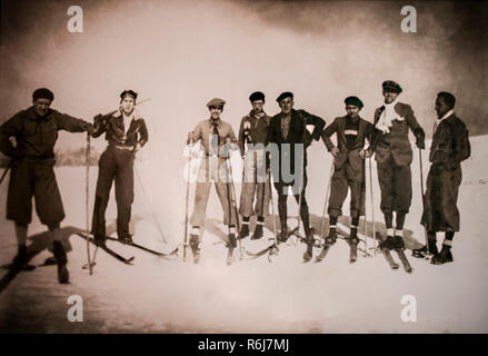 Salamanca, Spain - Dec 25th 2008: Group of skiers pioneers at Las Cimeras Hill in 1929, Salamanca, Spain. Unknown author - Stock Image