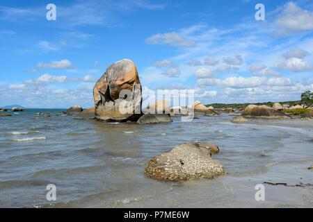 Scenic view of popular Quintell Beach, Lockhart River, Cape York Peninsula, Far North Queensland, FNQ, QLD, Australia - Stock Image