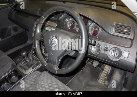 Volkswagen Passat interior drivers side - Stock Image