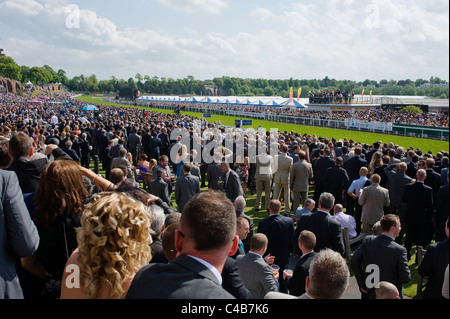 England, Cheshire, Chester. Spectators at Chester Racecourse - Stock Image