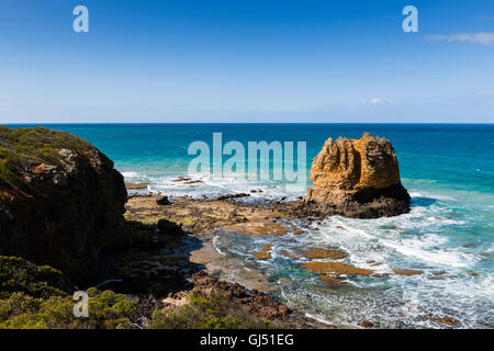 Eagle Rock Marine Sanctuary at Split Point along the Great Ocean Road. - Stock Image