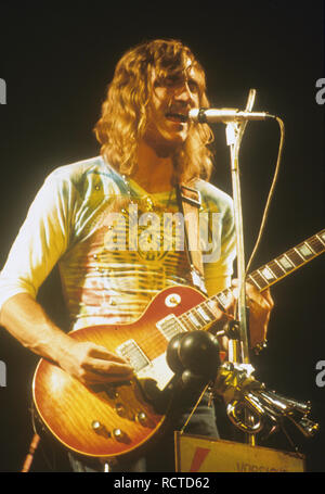 THE EAGLES US rock group with Joe Walsh about 1973 - Stock Image