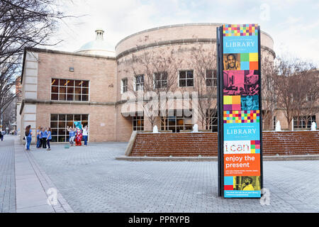 Charlotte North Carolina. Charlotte Mecklenburg Library downtown. - Stock Image