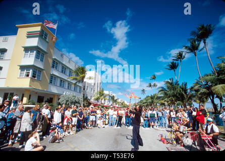 Miami Beach Florida South Beach Ocean Drive hotels street performers Art Deco Weekend - Stock Image
