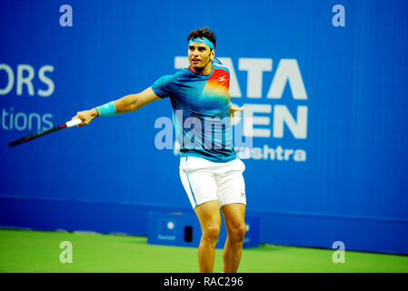 Pune, India. 3rd January 2019. Malek Jaziri of Tunisia in action in the second quarter final of singles competition at Tata Open Maharashtra ATP Tennis tournament in Pune, India. Credit: Karunesh Johri/Alamy Live News - Stock Image