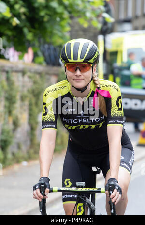 Mitchelton Scott rider going to the start of the 2018 OVO Women's tour - Stock Image