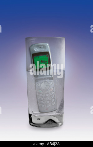 Cell phone in Water - Stock Image
