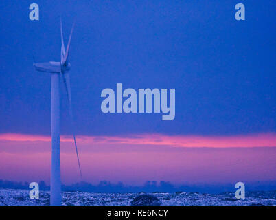 Carsington Pasture, UK. 20th Jan, 2019. UK Weather: wind turbines at sunset Carsington Pasture, Brassinton, near Wirksworth, Derbyshire Dales, Peak District, UK Credit: Doug Blane/Alamy Live News - Stock Image