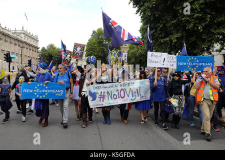 London, UK. 9th Sept, 2017. Pro-EU demonstrators march down Whitehall, central London, during the People's March for Europe, on 9 September 2017 Credit: Dominic Dudley/Alamy Live News - Stock Image
