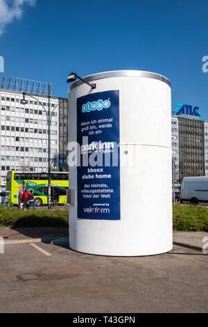 Berlin, Alexanderplatz. Slube Hotel promotion. Small, mobile hotel box developed by Veloform in collaboration with slube GmbH - Stock Image