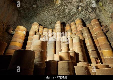Saggars Inside a Bottle Kiln at Gladstone Pottery Museum Longton Stoke on Trent Staffordshire England UK - Stock Image