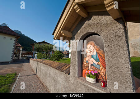 Madonna painted on a wall - Stock Image