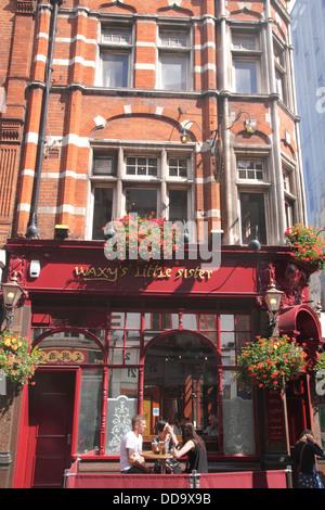 Waxy's Little Sister Irish pub in Chinatown Soho London - Stock Image