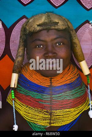 Mwila tribe young woman, Huila Province, Chibia, Angola - Stock Image