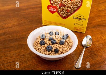 Cheerios with Blueberries - Stock Image
