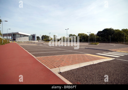 New Milton Keynes MK Coachway near junction 14 lying unused & empty due to a £600,000 shortfall in the - Stock Image