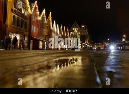 Bergen, Norway. 15th Dec, 2016. Weather. Christmas decorated, UNESCO world heritage site Bryggen in Bergen, after - Stock Image