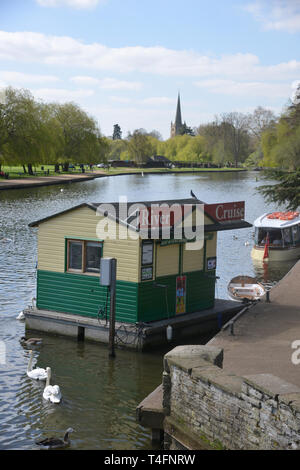 Holy Trinity Church, Stratford upon Avon as viewed from close to the basin on the Stratford Canal, Warwickshire - Stock Image