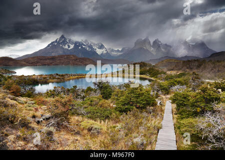 Torres del Paine National Park, Lake Pehoe and Cuernos mountains, Patagonia, Chile - Stock Image