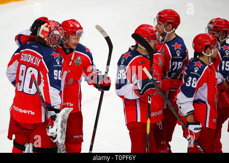 Moscow, Russia. 21st Mar, 2019. MOSCOW, RUSSIA - MARCH 21, 2019: HC CSKA Moscow's players celebrate winning Leg 5 of their 2018/19 KHL Western Conference semi-final playoff tie against HC Dynamo Moscow, at CSKA Arena. Mikhail Tereshchenko/TASS Credit: ITAR-TASS News Agency/Alamy Live News - Stock Image