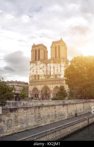 De Paris Notre Dame Cathedral in Paris - Stock Image