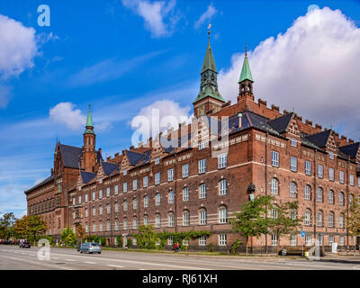 23 September 2018: Copenhagen, Denmark - The Copenhagen City Hall or RÃ¥dhus from H C Andersens Boulevard. - Stock Image