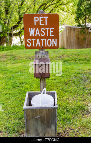LIMESTONE, TN, USA-4/26/19:  A pet waste station, for dog owners to clean up after their pets, located in an RV park. - Stock Image