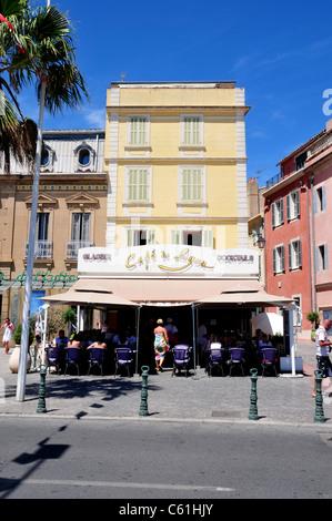 Shops and Restaurants, Sanary sur Mer, near Toulon, France - Stock Image