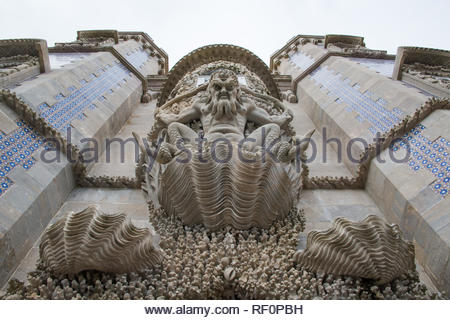 Stone carving on the Arch of the Triton at palace of Pena - Stock Image