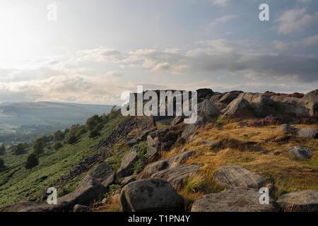Curbar Edge Escarpment in the Derbyshire Peak District, England UK - Stock Image