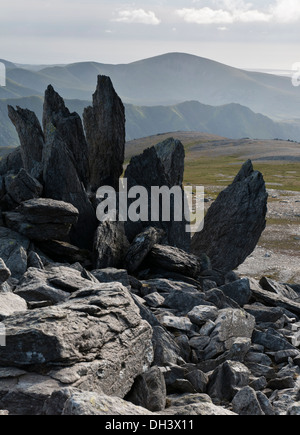 Rock outcrops on the Glyder Fach/Fawr ridge in Snowdodia National Park in North Wales. - Stock Image