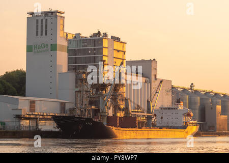 Lita loading grain at the HaGe-Terminal in Kiel - Stock Image
