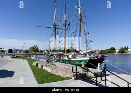 S/V Denis Sullivan, Milwaukee, WI Discovery World schooner at dock, Two Rivers, WI - Stock Image
