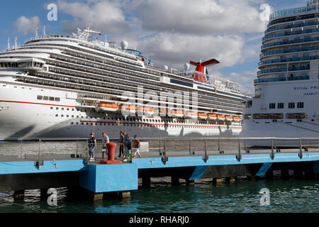 Cruise ships docked on the waterfront, Old San Juan, Puerto Rico - Stock Image