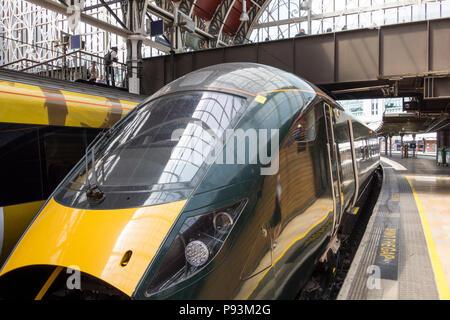 The windscreen of a Hitachi Class 800 Intercity Express Train at Paddington Station, London, UK - Stock Image