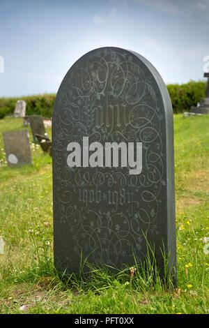 UK, Cornwall, Trebetherick, Daymer Bay, Saint Enodoc's Church, John Betjeman's gravestone - Stock Image
