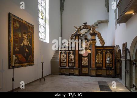 Deutschland, Nordrhein-Westfalen, Werl, Probsteikirche St. Walburga, Offizialgericht - Stock Image