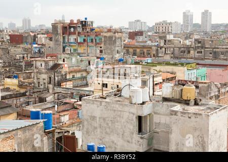 Cuba, Havana. Overview of buildings and rooftops. Credit as: Wendy Kaveney / Jaynes Gallery / DanitaDelimont.com - Stock Image