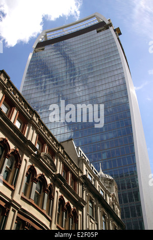 The 20 Fenchurch Street Walkie Talkie Building in the City of London - Stock Image